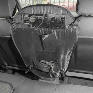 Hundebarriere im Auto